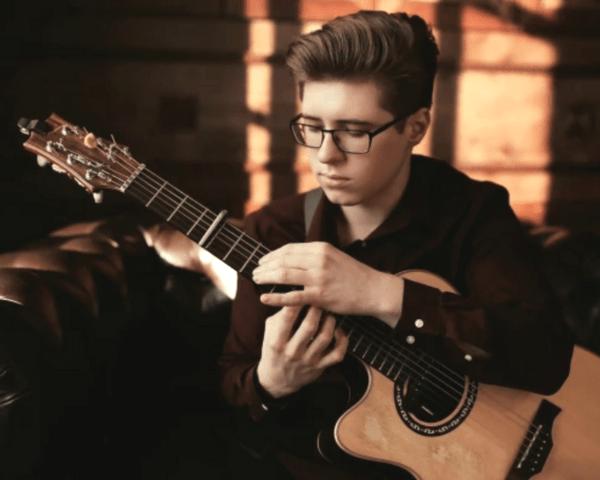 Alexandr Misko - Fingerstyle Guitar Summit