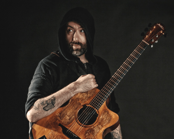 Jon Gomm - Fingerstyle Guitar Summit (pic by Tom Martin)